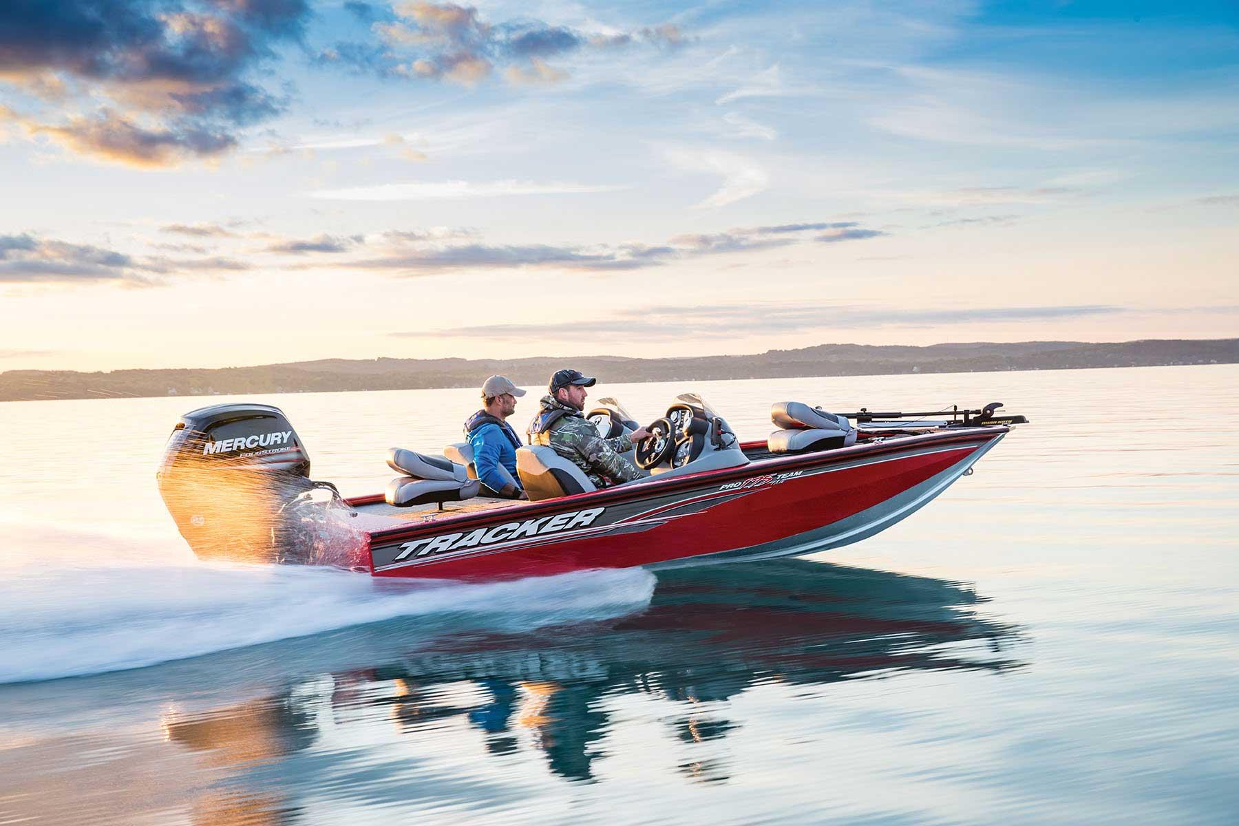 Bass Pro Shops Fishing Boat